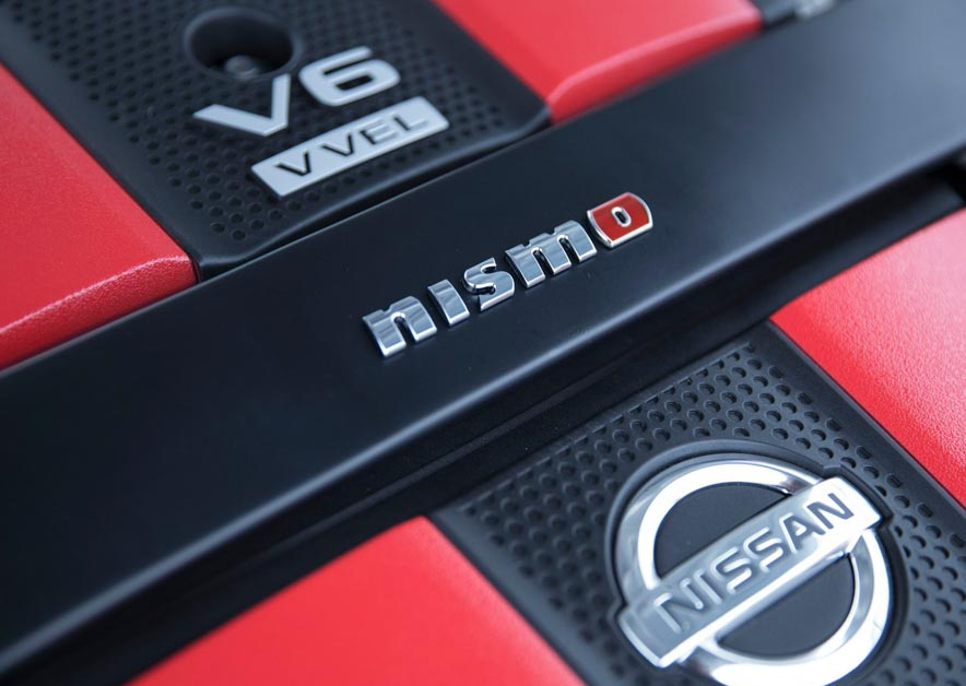 2021 Nissan 400Z ,搭载3.0L V6 双涡轮增压引擎,马力直逼500Hp!