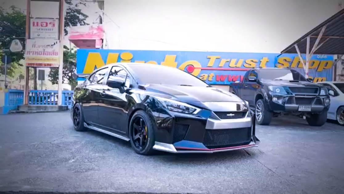 Nissan Almera GT-R