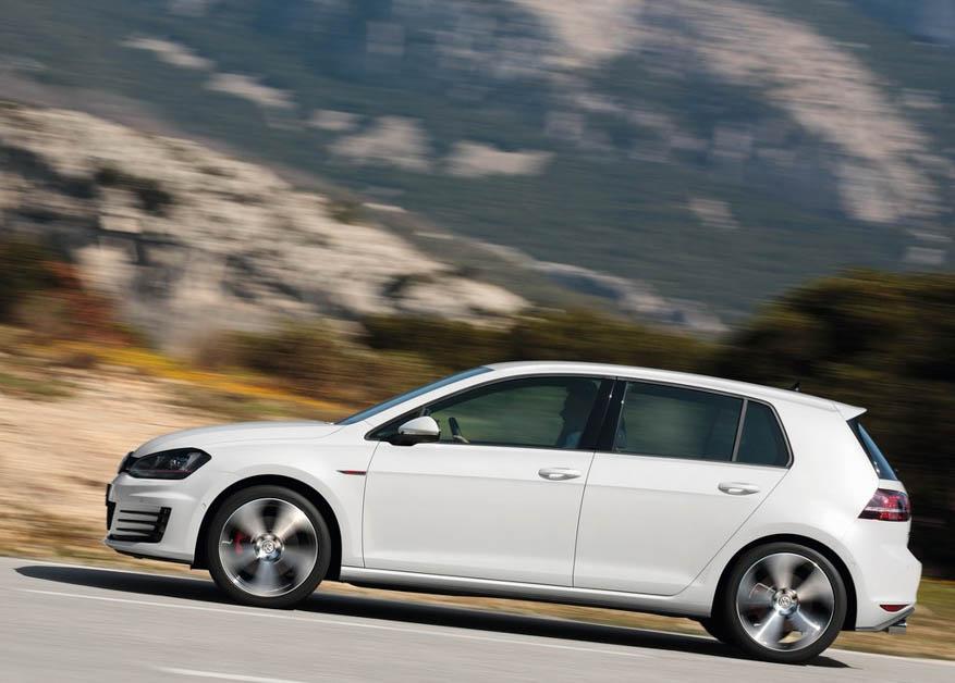 Volkswagen Golf GTi MK6 VS MK7