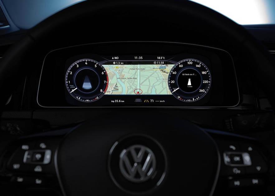 Volkswagen Golf 1.4TSI R-Line